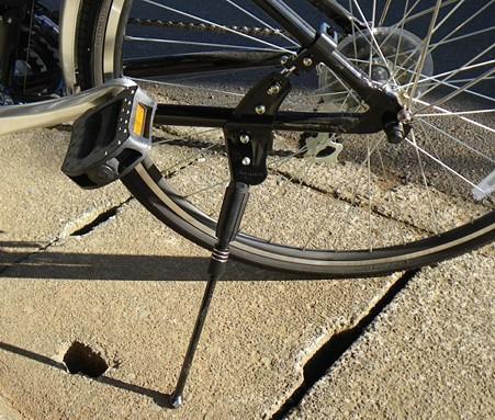 自転車の 自転車 ライト 修理 : 自転車修理&ライト取り付け ...