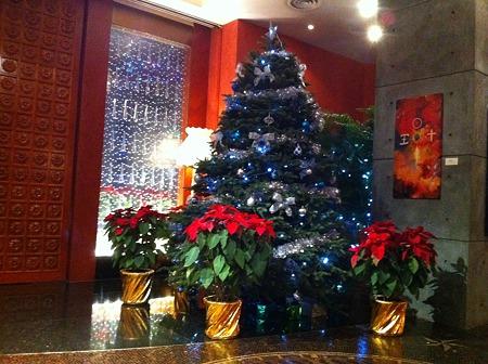 香港のホテルにて