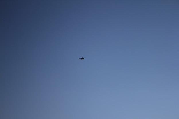 私の業務遂行を視察するVIP搭乗のヘリ
