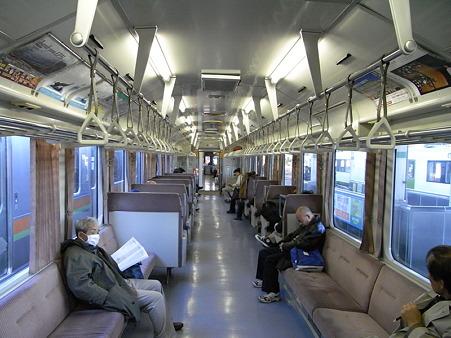 キハ110系車内(高麗川駅)