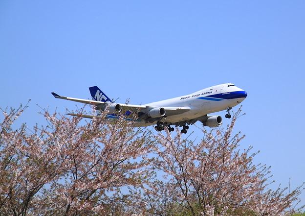 Photos: Narita International Airport NCA 747-400F