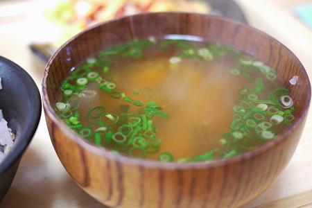 味噌汁の湯気
