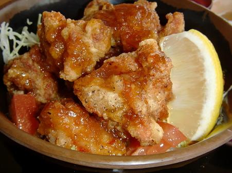七福の湯 上越店 鶏唐サラダ丼 アップ