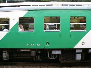 キハ52 125(JR大糸線南小谷駅にて:2006年8月27日)