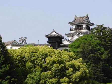 高知地裁から見た高知城