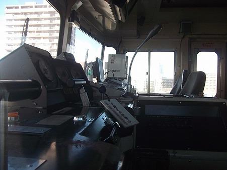 H-LRA-9100_運転台