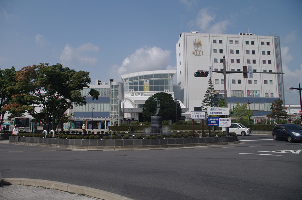 s1732_八戸駅_青森県八戸市_JR東・青い森鉄道