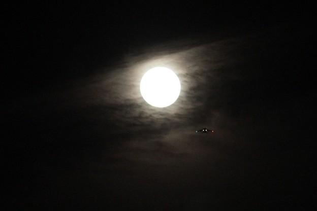 満月の前の日