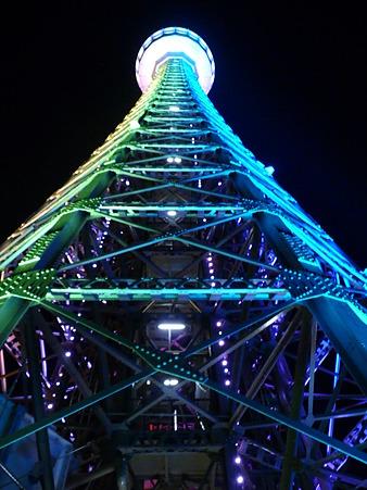 マリンタワー 下り足元全景 (74)