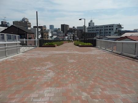 110622-東横廃線 東白楽→反町 (15)