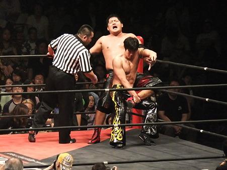 DDT 両国ピーターパン2011 〜二度あることは三度ある〜 KO-D無差別級選手権 石川修司vsKUDO (4)