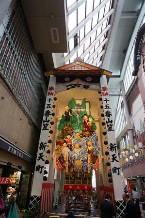 15 2014年 博多祇園山笠 飾り山笠 サザエさん 新天町 (3)
