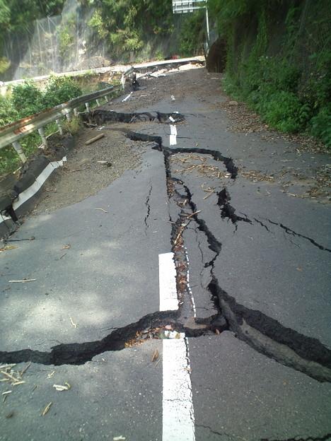 台風12・15号による道路の陥没4