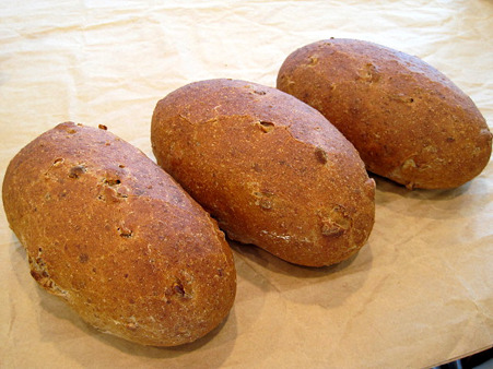 全粒粉3割入りのパン。