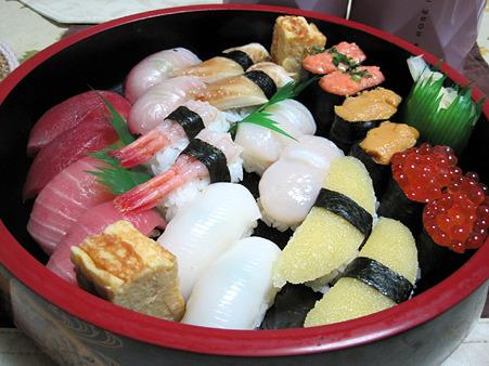 たまには出前寿司