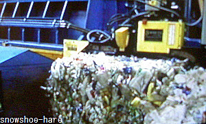 UAEのゴミ分別処理工場