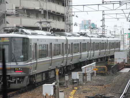 321系東海道本線の車窓(新大阪→大阪)3