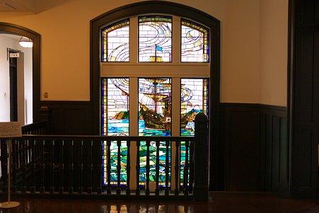 2010.06.23 横浜市開港記念会館 ポーハタン号ステンドグラス