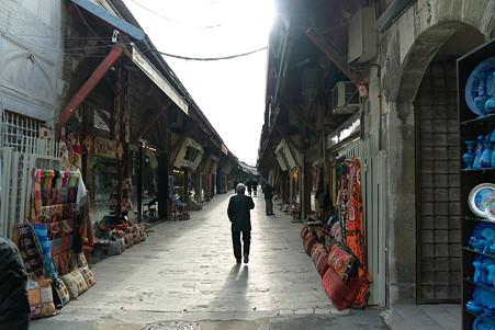 2011.01.28 トルコ イスタンブル スルタンアフメト・モスク左下の商店街