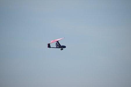 2011.08.18 みなとみらい 赤レンガ倉庫 Red Brick Resort 上空の謎の飛行物体