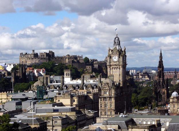 スコットランドの首都 エディンバラ