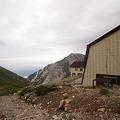 白馬村営宿舎と白馬鑓ヶ岳