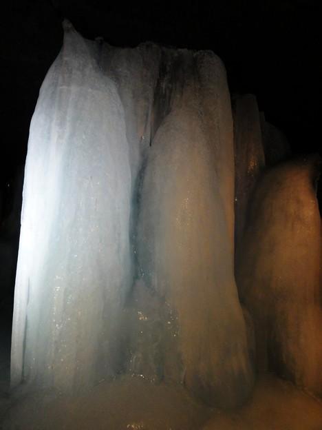 大きな氷筍