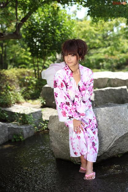 Photos: 安枝瞳さん02