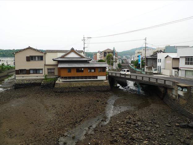 幸橋(2)幸橋の上から。干潮で水がない