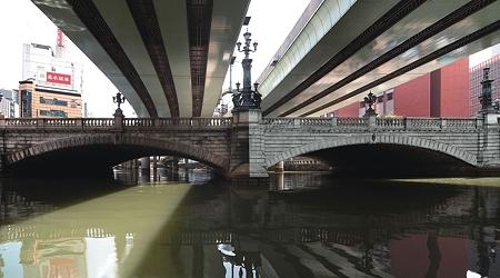 ケルヒャーで日本橋を洗浄