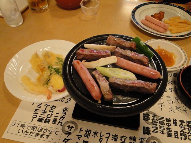 写真: 肉うまー